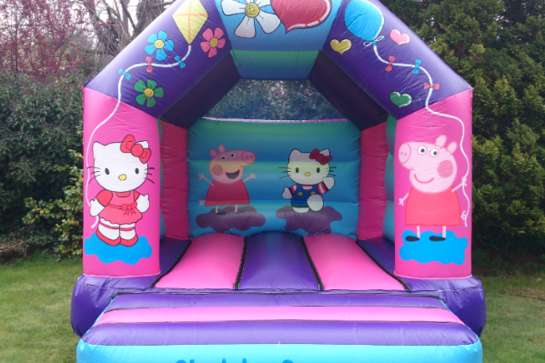 Hello kitty Bouncy Castle large 3