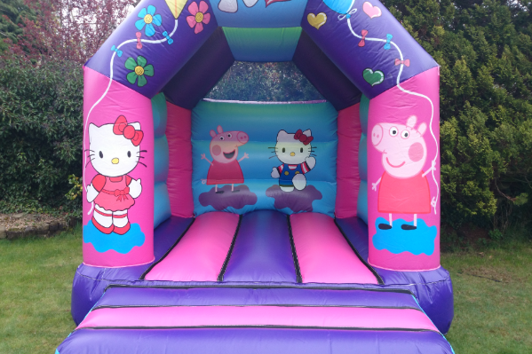 Hello kitty Bouncy Castle large 8