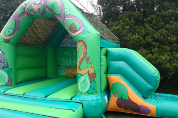 Jungle Combi Bouncy Castle large 3