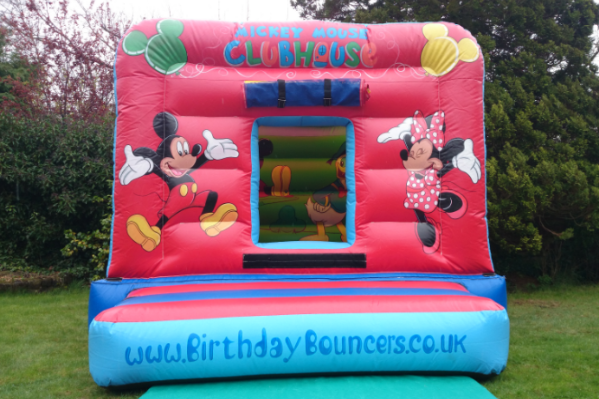 Mickeys den Bouncy Castle large 1