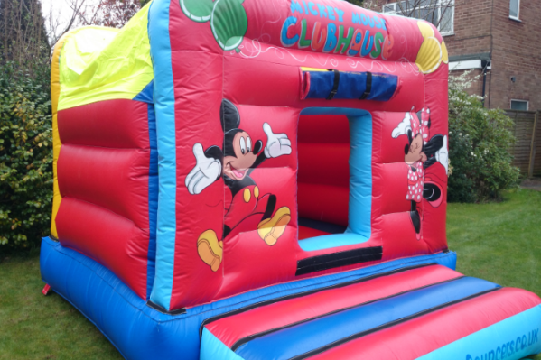 Mickeys den Bouncy Castle large 8