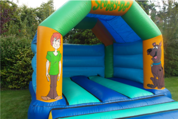 Scooby doo Castle large 4